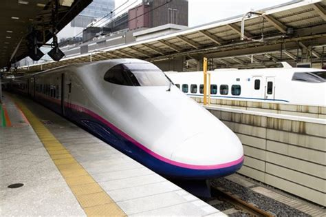 DENSO wipers keep high speed trains safe - Denso