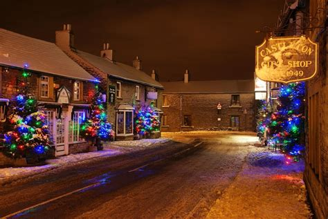 Top 10 Places For Celebrating Christmas In 2017   Photobox